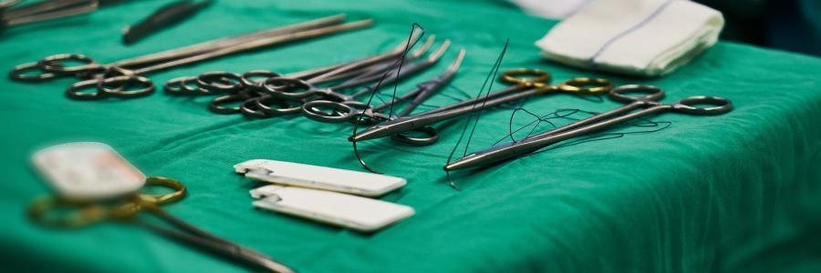 Mesa de Instrumental Quirúrgico